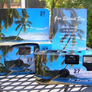 10-Pack-TropicalBeach-Disposable-Wedding-Cameras-in-Matching-Gift-Boxes-with-Table-Tents-35mm-27-Exposures-0